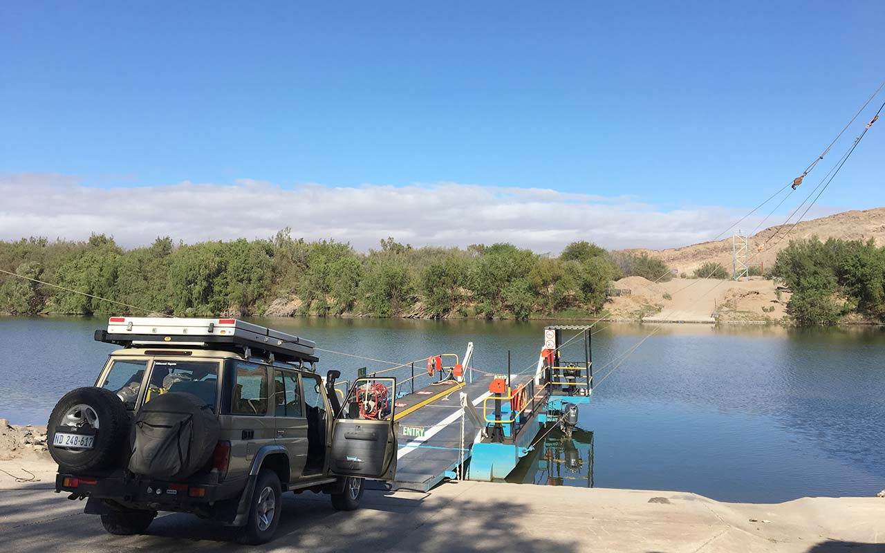 Crossing the Orange River from SA to Namibia at Senderlingsdrift