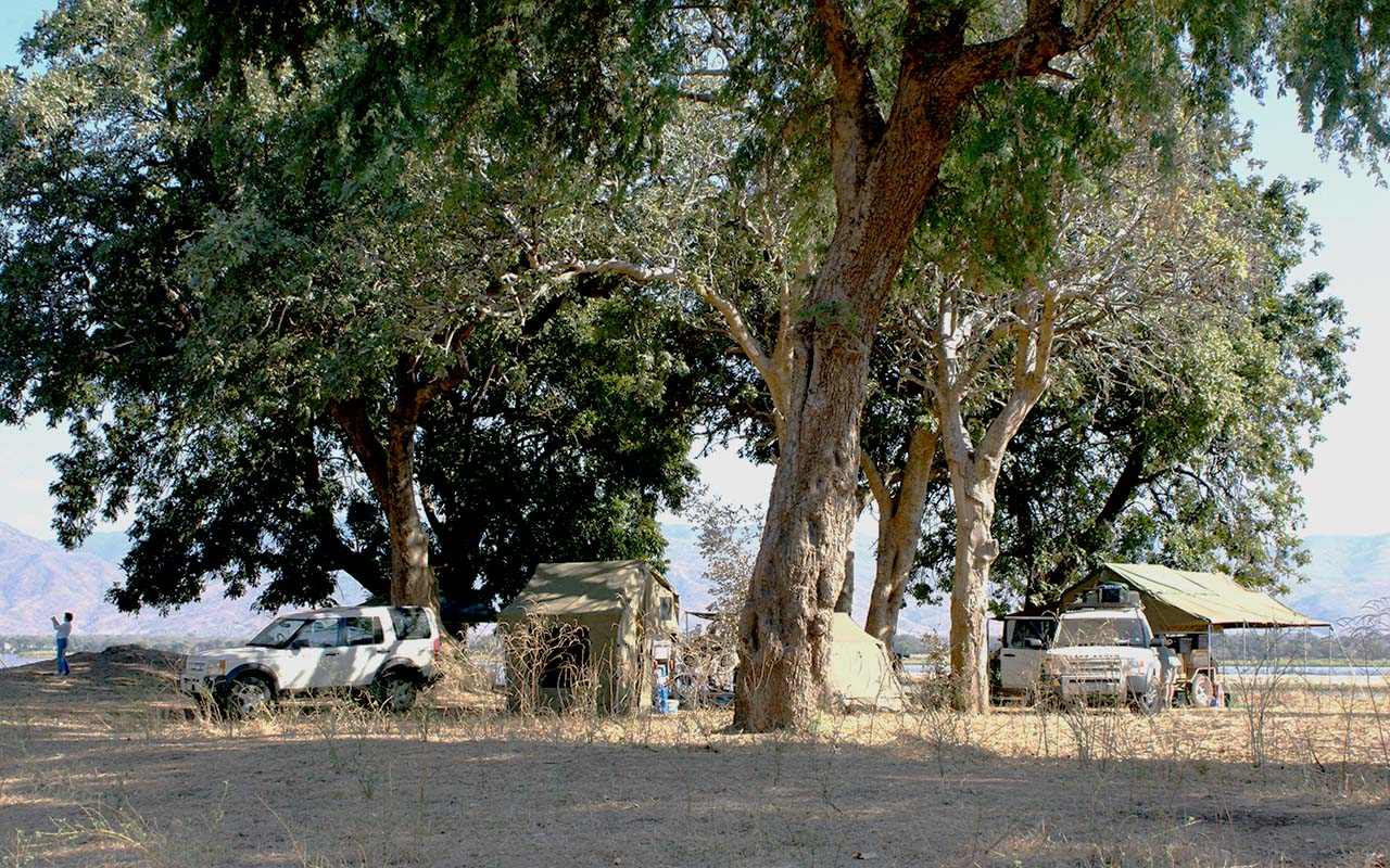 Mucheni 3 Campsite - Mana Pools
